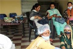 women-earning-thousands-by-making-washing-powder