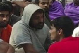 mexico deports 325 indians trying to sneak into us