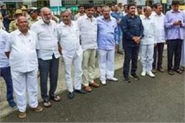 disqualified mlas from karnataka to join bjp on thursday deputy chief minister