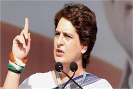 modi is watchman or delhi s shahanshah priyanka gandhi