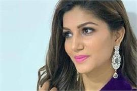sapna chaudhary social media video