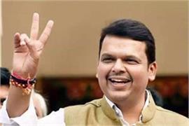 bhaiyyaji joshi s prediction fadnavis will not live for long time in opposition