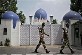 delhi two visa assistants caught spying in pakistan high commission