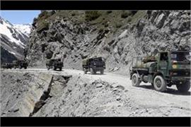 indo chinese forces gathering heavy weapons and combat vehicles near east ladakh