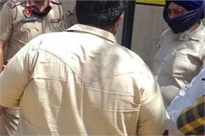man murder in jalandhar curfew coronavirus