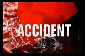 30 injured in accident in kashmir kulgam