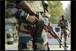 cop shooted by militants in baramula kashmir injured