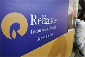 competition will increase with reliance s debut in online retail market