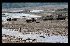 illegal stone crushers running in kathua