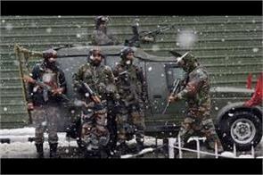 militant attack on crpf at budgam i injured