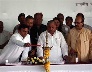 chief minister akhilesh yadav cheers of praise for the work