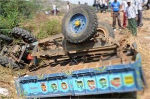 mahoba road accidents deaths