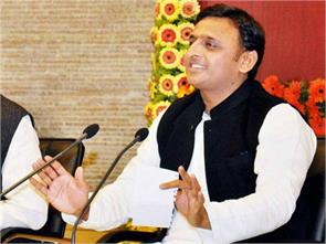 cm akhilesh 25 million to assist flood victims in chennai