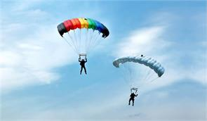 foreign pilots paragliding championship