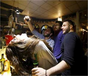 drinks and dancing in nightlife of syria