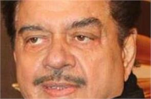 shatrughan sinha comment on pm modi