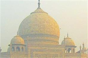 after diwali increased pollution in agra  the taj mahal is extremely distressing for