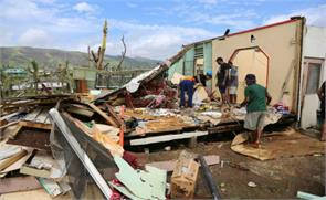 fiji cyclone havoc death toll reaches 42