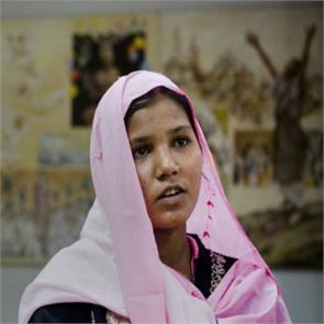 pakistan demand hanging of blasphemy accused christian woman asia bibi
