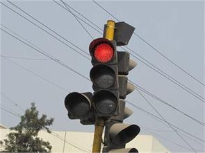 red light chowk two wheeler vehicle