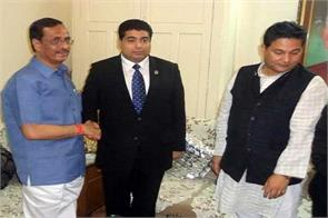 nepal s reconstruction minister met with the mayor of lucknow earthquake related discussion