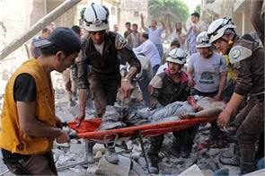 syrian air raid refugee camp 28 killed