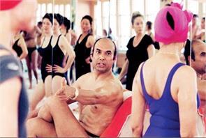 hot yoga guru bikram choudhury winds up us business sets shop in lonavla