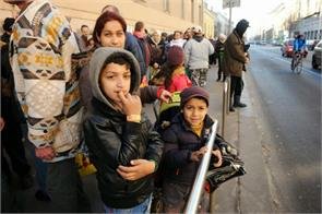 commendable supermarkets fine refugees chaos