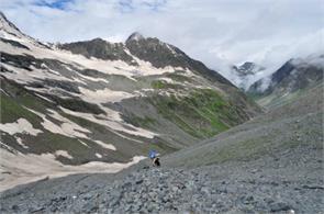 bada bhangal trekking tourist delhi sdm baijnath
