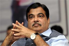 every day 400 people are killed in road accidents gadkari