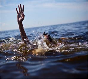 jaunpur pond teenager death