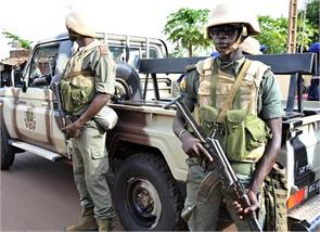 mali military camp attacked 17 killed