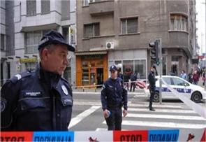 man shoots dead 5 injures 20 in serbian cafe police