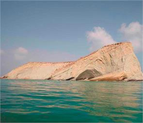 stunning islands of pakistan you may not have seen