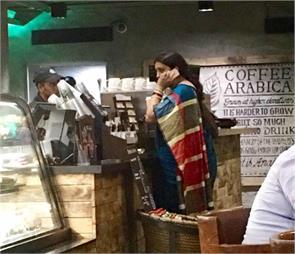 smriti irani coffee shop pictures went viral
