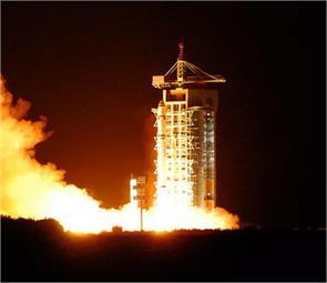 china launches first quantum satellite