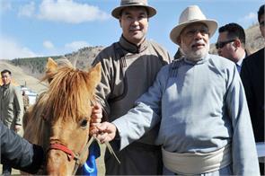 friendship day magnolia gift a horse to pm modi
