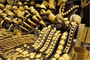 gold silver extend gains on rising demand global cues