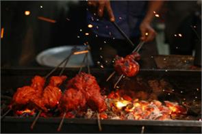 from tandoori chicken to sarso da saag indian cuisines are a huge hit in russia