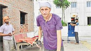 injured stranded german grateful for sikh kindness