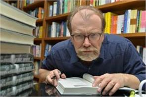 american booker george saunders wins man booker award for 2017