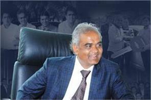 businessman savji dholakia gave different gift to employee this diwali