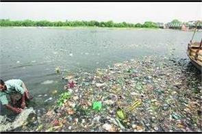 gadkari gets rs 500 crore commitment for clean ganga mission