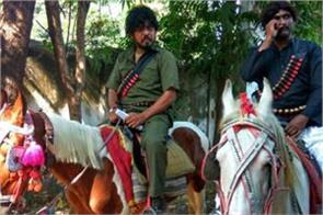 gujarat    gabbar   and   thakur   were campaigning for congress