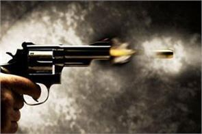 1 killed and 3 injured in jammu shootout