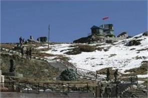 1800 soldiers camped near in doklam