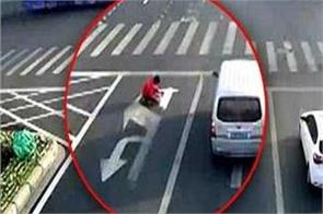 traffic weary chinese man fined for repainting road lines