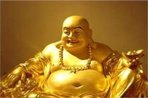 keep this type of laughing buddha in the house