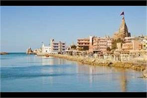 lord sri krishna town is situated in dwarka these temples