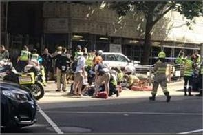 car rams into pedestrians in melbourne  14 injured